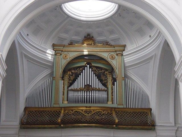 Organo Rotelli-Varesi