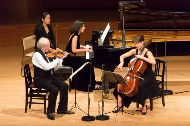 Trio Kremer- Dirvanauskaite-Buniatishvili Foto Hidenobu Shirakawa