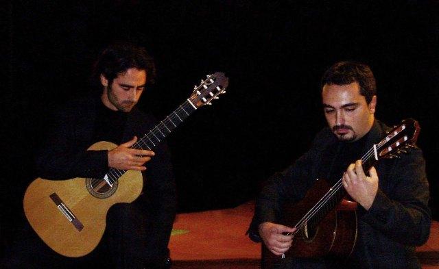 Retratos Guitar Duo