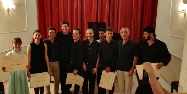 Giovani pianisti dal mondo